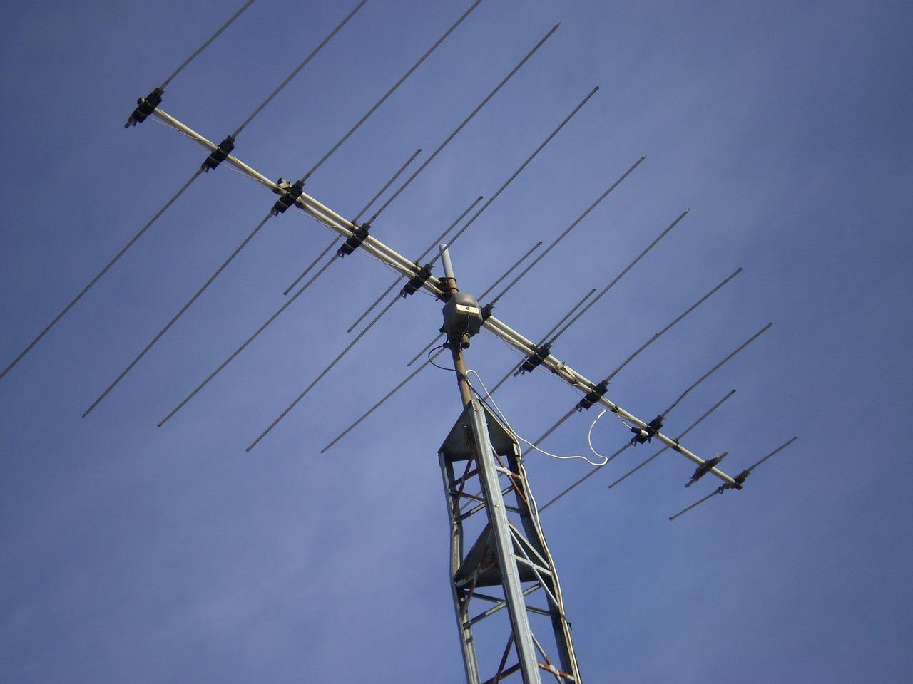 soprovojdenie-sdelki-po-priobreteniu-telekanala